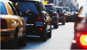 上海:年底前全面清退不符条件的网约车车辆和驾驶员